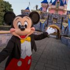 Disneyland announces that masks are no longer required for vaccinated guests