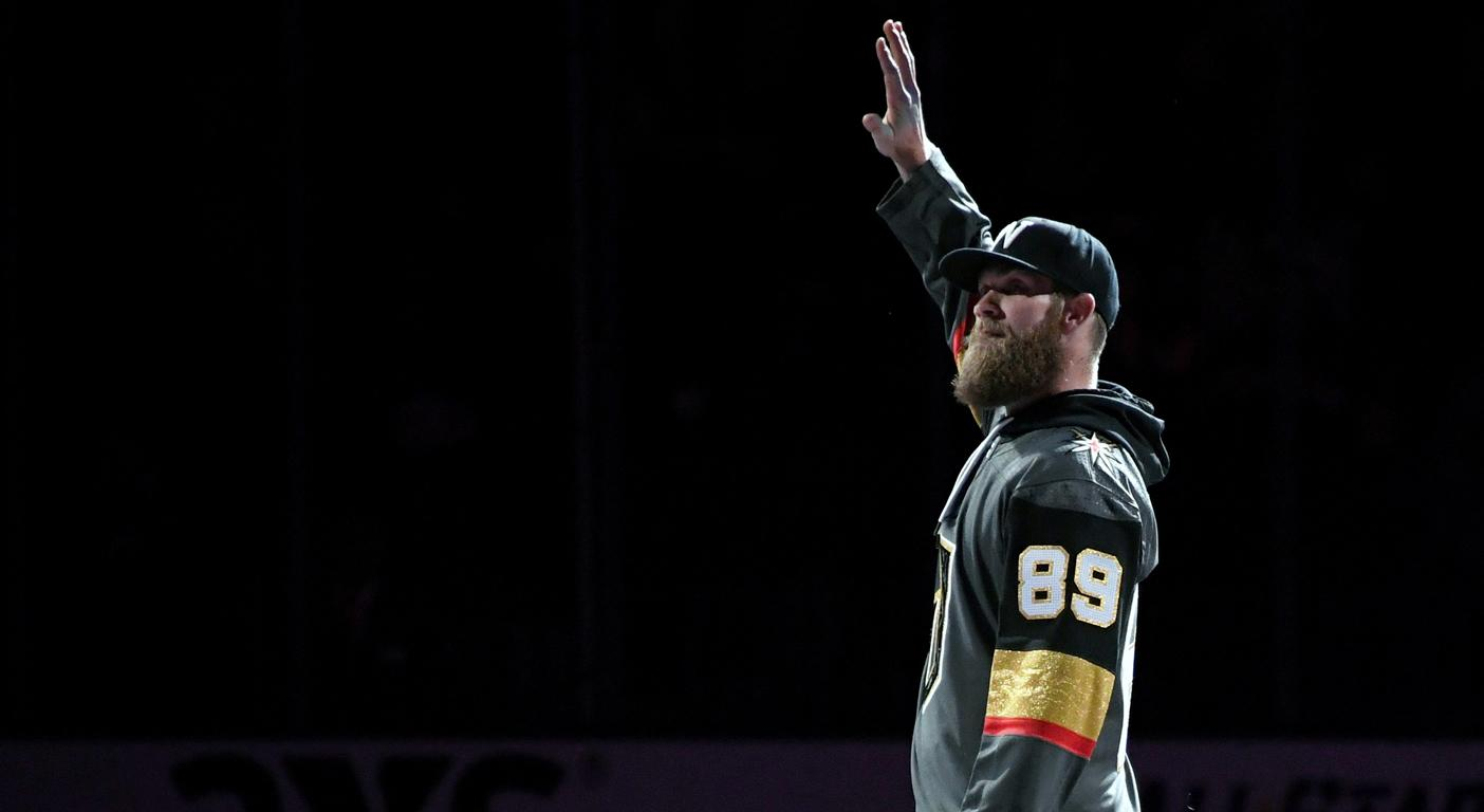 bd0f654514850e Bryce Harper goes with hometown Vegas in Knights-Capitals clash
