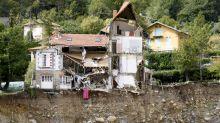 """Alpes-Maritimes : """"Toute ma vie est partie dans l'eau"""", témoigne une rescapée"""