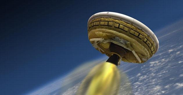 NASA readies Mars 'flying saucer' for risky hypersonic flight test