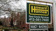 Long-term mortgage rates climb to 4.40 percent