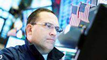 Wall Street sigue en triple récord con suave subida por la inquietud empresarial