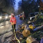 Break in Pacific storms for California to aid mudslide, damage cleanup