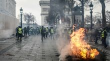 Moment of truth for Macron in 'yellow vest' showdown