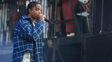 Travis Scott Blasts Fans in VIP Section for Using Cell Phones During Concert