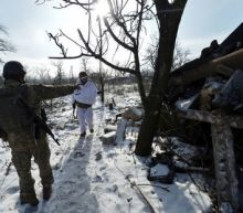 Powers push for ceasefire, weapons withdrawal in eastern Ukraine