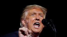 Las críticas de Trump a los demócratas amenazan el paquete de ayudas de EEUU