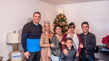 "Aaron's, Progressive Leasing And Former NFL Star Kurt Warner Bring Festive Cheer With Furniture To Fill Two ""Homes For The Holidays"""