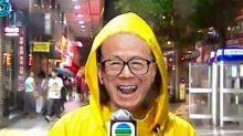 《冀望日日打八號風球嘅香港人好悲哀》 — B612