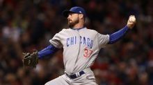 Hot Stove Digest: Travis Wood signs two-year deal with Royals