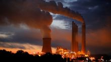 Many U.S. utilities plan to hang on to their coal plants for a decade: report