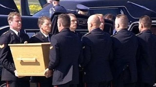 Bodies of MH17 Victims Arrive at Eindhoven Airport