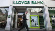 Tesco sells 23,000 mortgages to Lloyds Banking Group in £3.8bn deal