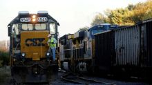 Exclusive: CSX to impose hefty fees on some rail customers in 2018