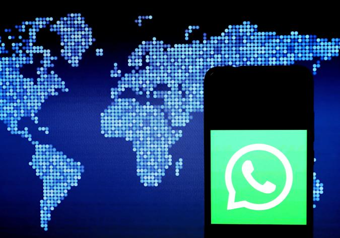 INDIA - 2020/04/07: In this photo illustration a WhatsApp logo seen displayed on a smartphone. (Photo Illustration by Avishek Das/SOPA Images/LightRocket via Getty Images)