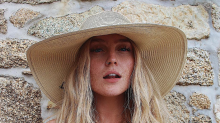 'I think they're beaut!': Perrie Edwards proudly displays stomach scar on vacation