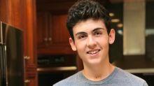 Garoto de 14 anos faz sucesso ao criar bolos elaborados
