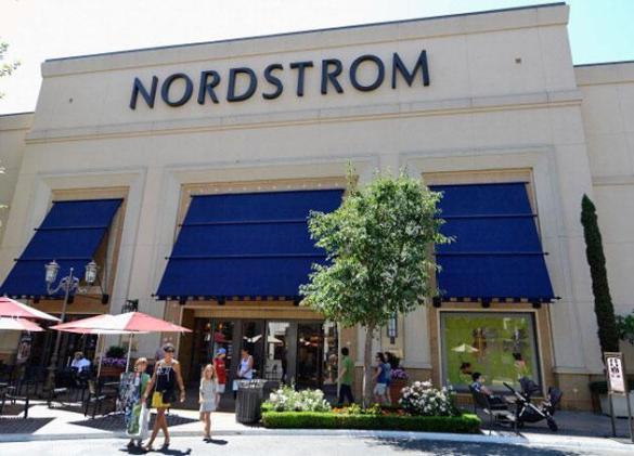 Nordstrom tests curbside pickups for online orders