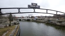 Lead pipes that tainted Newark's water are found across US