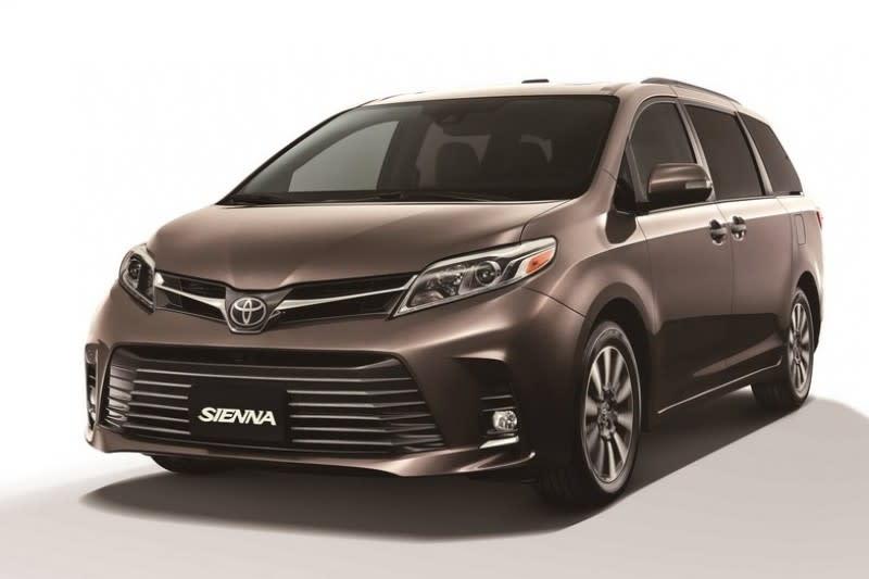 雖然3.0升以上不少是性能車款,但也有許多如MPV等實用性車款,且藉由油電技術大排量也能達到省油表現。