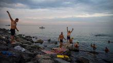 El nadador Michael Read, de 79 años, se propone una travesía de Turquía a Chipre