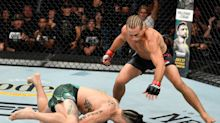 40-year-old Urijah Faber storms out of retirement with 1st round TKO of Ricky Simón