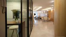 Un Appartamento Elegante con una Nuova Divisione tra Zona Giorno e Notte