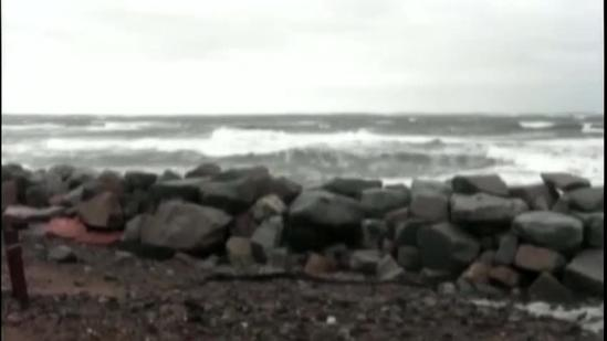 Storm brings strong winds, high waves