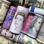 Dollar falls, yen rises as investors eschew risk