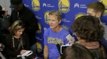 Steve Kerr participates in Warriors practice, no return to bench imminent