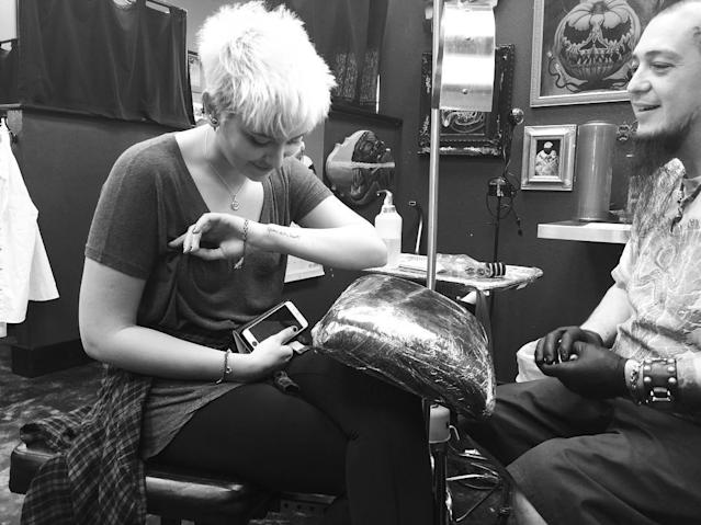 Paris Jackson Dedicates New Tattoo to Her Father Michael: 'He Was the King of My Heart' Ae5a143bc79d71bcd4247f6098cf6c05