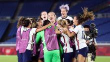 Soccer-U.S. men's team backs women in equal pay lawsuit appeal