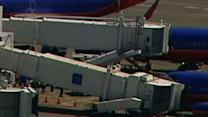 Raw: Jetway Collapse at Sea-Tac Airport