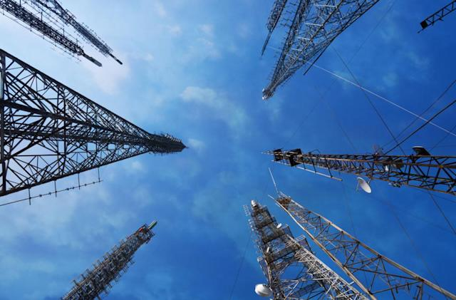 California secretly listened to cellphone calls from the air
