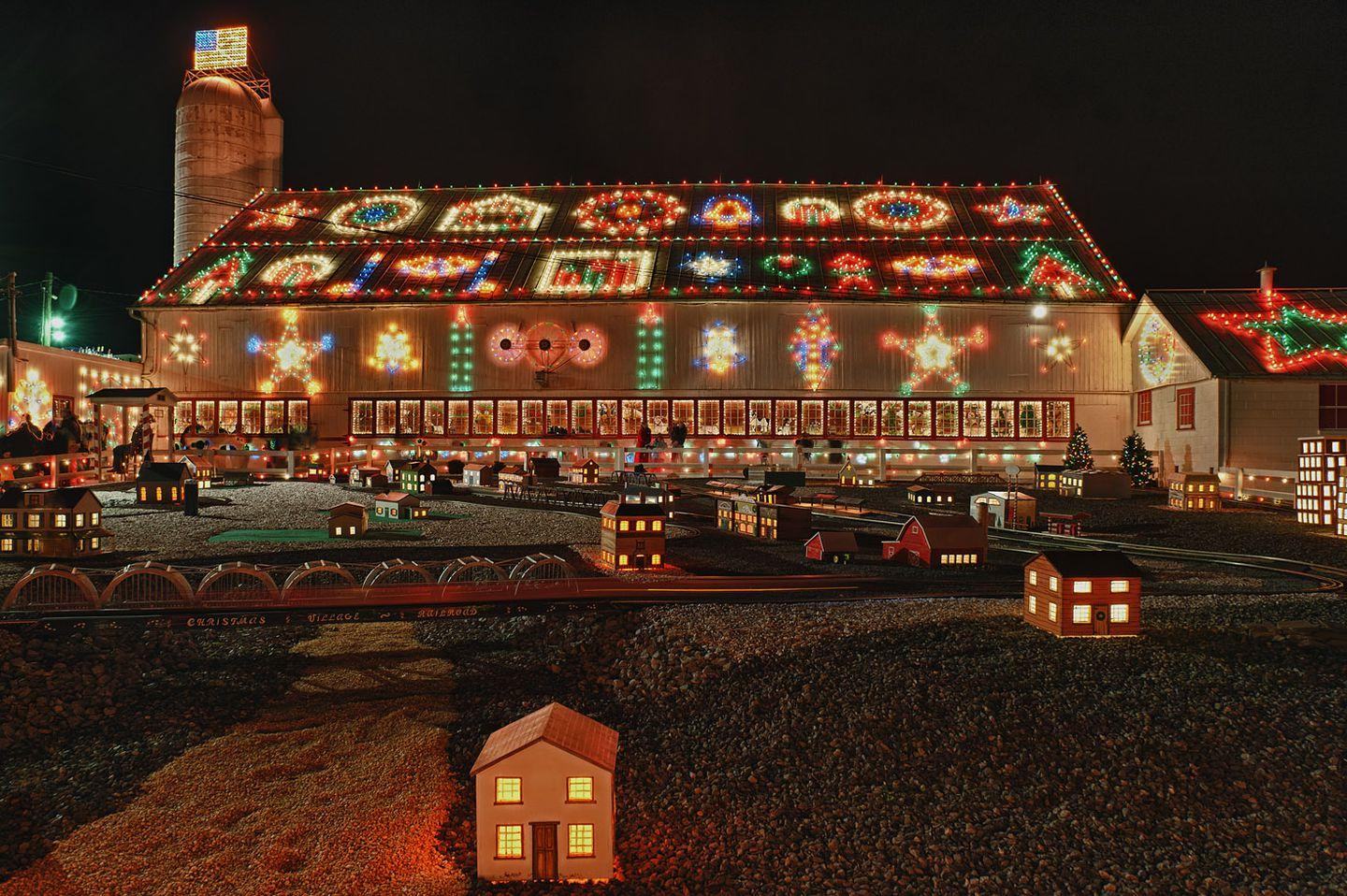 Christmas Towns.The Best Christmas Towns To Visit For The Holidays