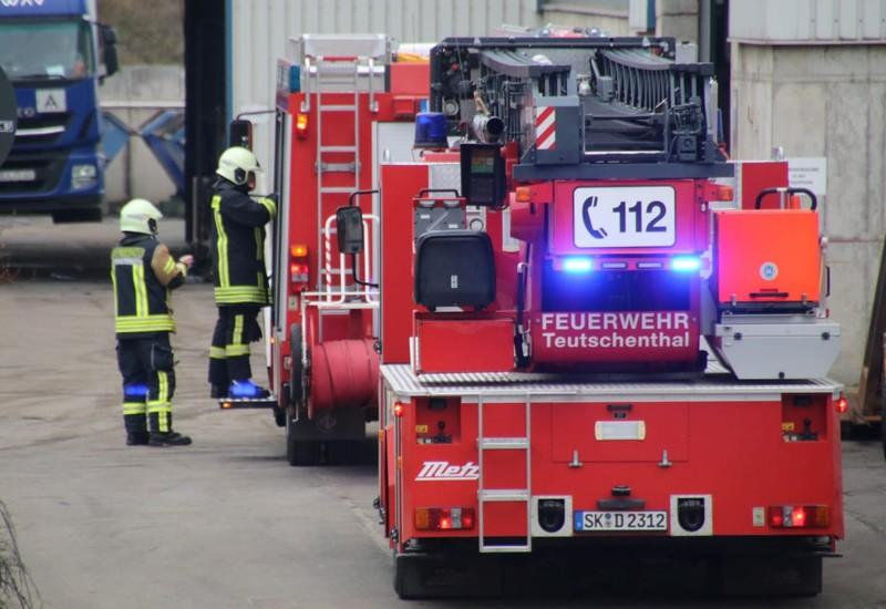 Firefighters arrive at the scene after an explosion at the Teutschenthal mine near Hall