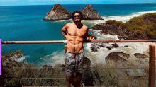 Caio Castro comemora aniversário de 32 anos em Fernando de Noronha