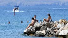 """In Croazia il contagio non si ferma, ma """"vita e turismo vanno avanti"""""""
