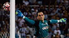 Gatito pede desculpas por ato de destempero contra o VAR, mas detona arbitragem brasileira: 'Despreparados'