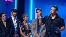 """La crisis de Puerto Rico protagoniza los Premios Juventud: """"El pueblo habló, le toca a Roselló obedecer"""""""
