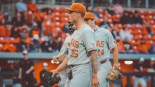 Longhorns Take Doubleheader, Look To Sweep Oklahoma State on Sunday