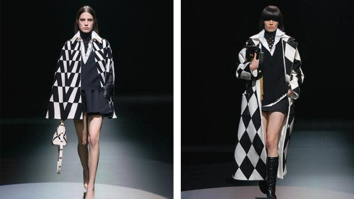 """""""Le noir associé au blanc est ici adressé comme signe d'espoir"""" : au Piccolo Teatro de Milan, le rideau s'est levé sur la collection automne-hiver 2021-22 de Valentino"""
