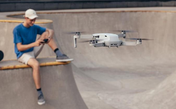 The Morning After: DJI's palm-sized drone can fly for 30 minutes