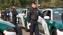 Detienen a 4 policías de CDMX tras agredir y quitar arma a inspectores