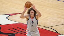 Report: Ex-Wizards center Robin Lopez agrees to one-year deal with Magic
