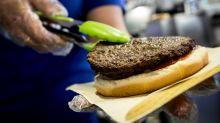 I piaceri della carne sono in calo: oltre 16 milioni di italiani ne hanno ridotto il consumo