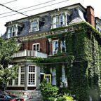 Eastern Ontario Landmark Pandemic Closure - The Belvedere Hotel
