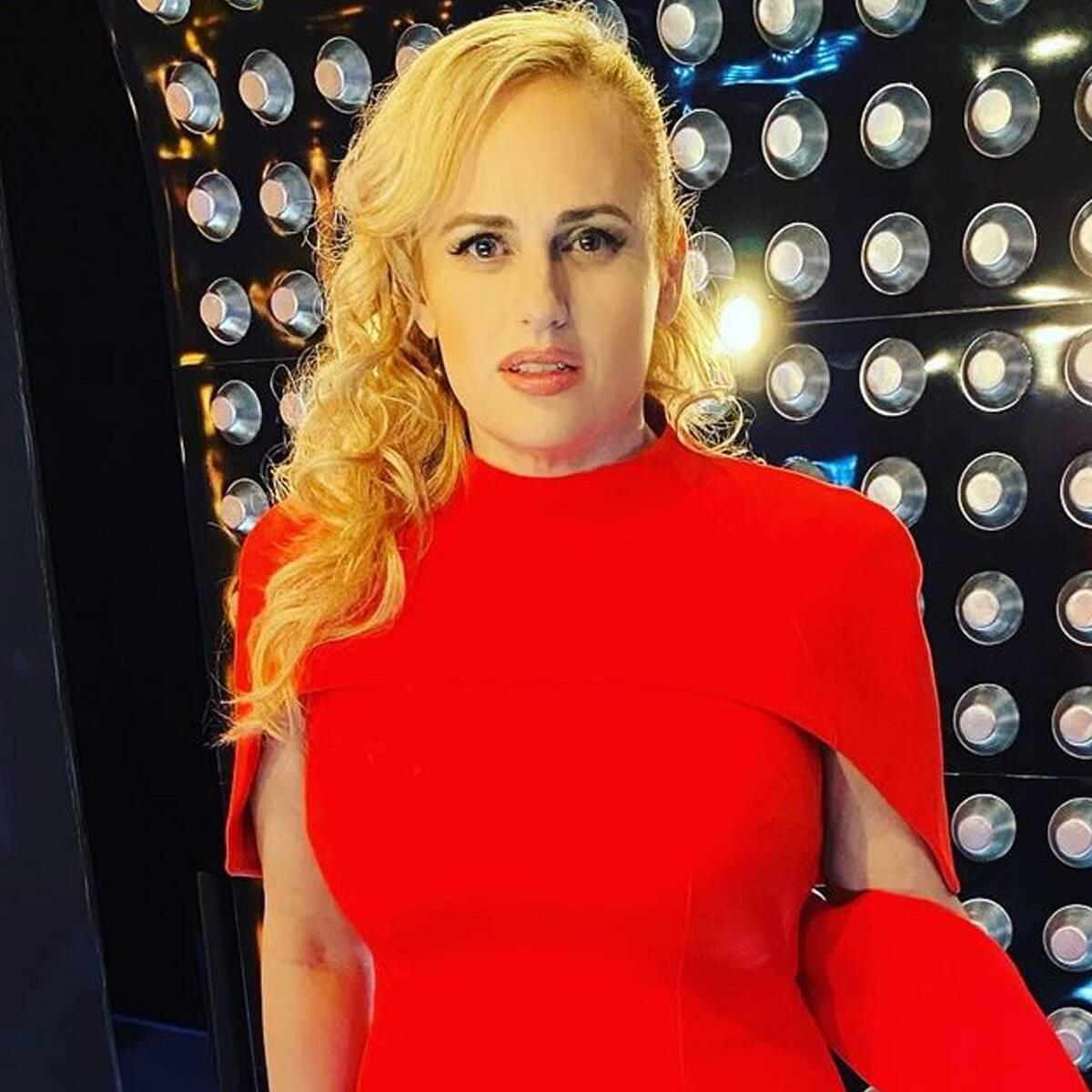 Rebel Wilson Stuns at the NFL Honors in Same Fabulous Red Dress Meghan Markle Previously Wore - Yahoo Entertainment
