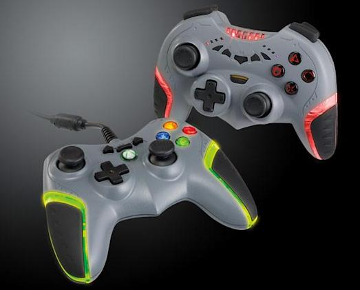 Batarang controllers to be thrown at E3, come back in October