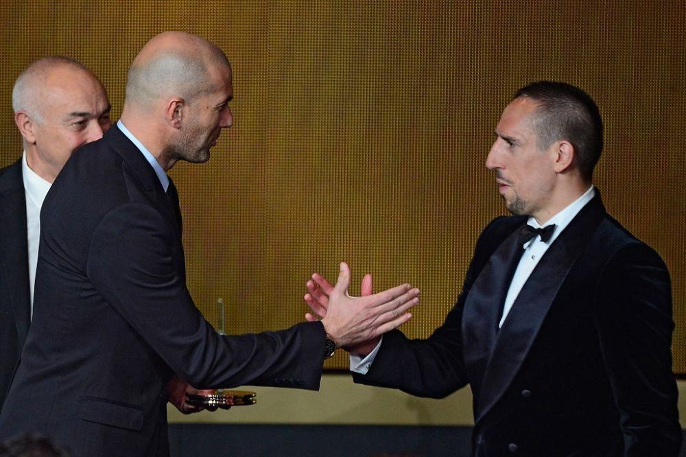 Quand Zidane et Ribéry se lancent des fleurs
